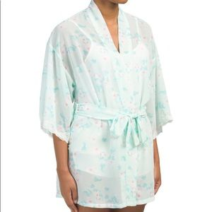 NWT Flora Nikrooz Chiffon Robe in Delicate Pansy